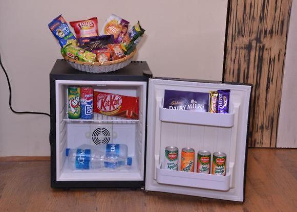 Mini Kühlschrank Rockstar : Hotel rockstar kalkutta